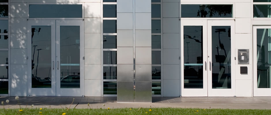 Commercial doors Montreal, Glass Experts photo