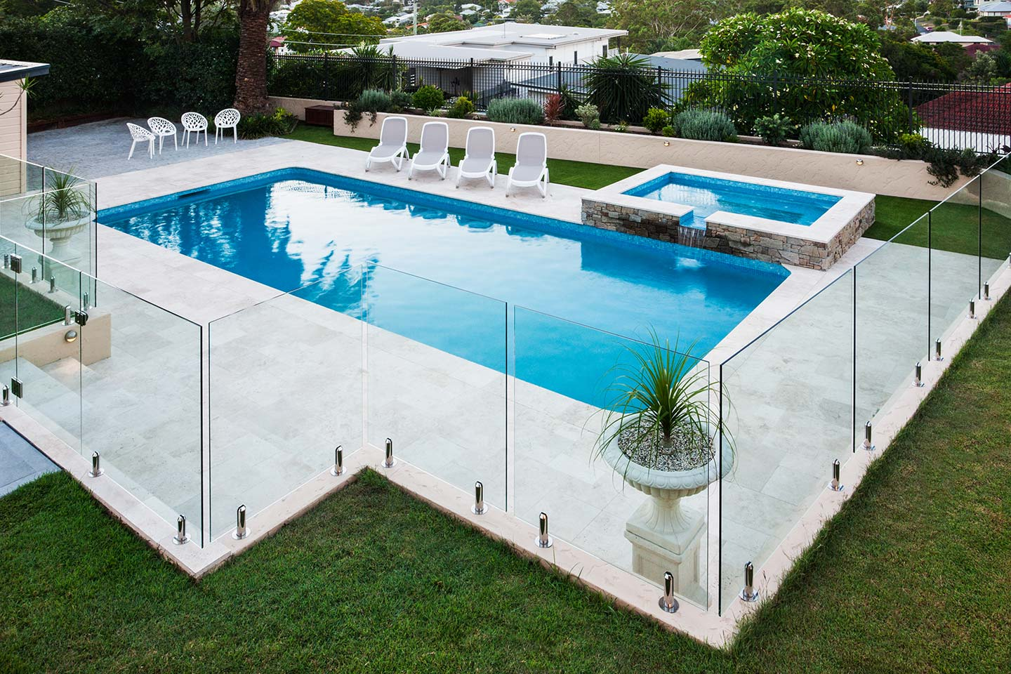 Glass Pool Fences Montreal Glass Experts