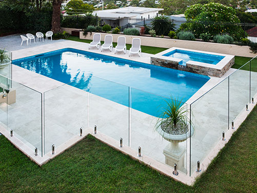 Glass Pool Fences Montreal, Glass Experts