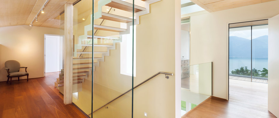Stairs and Glass Railings Montreal, Glass Experts photo