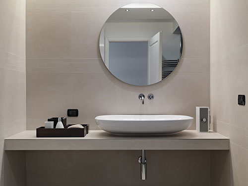 Round bathroom shaped mirror, Glass Experts