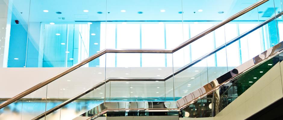 Manufacturier D Escaliers A Montreal Vitrerie Des Experts